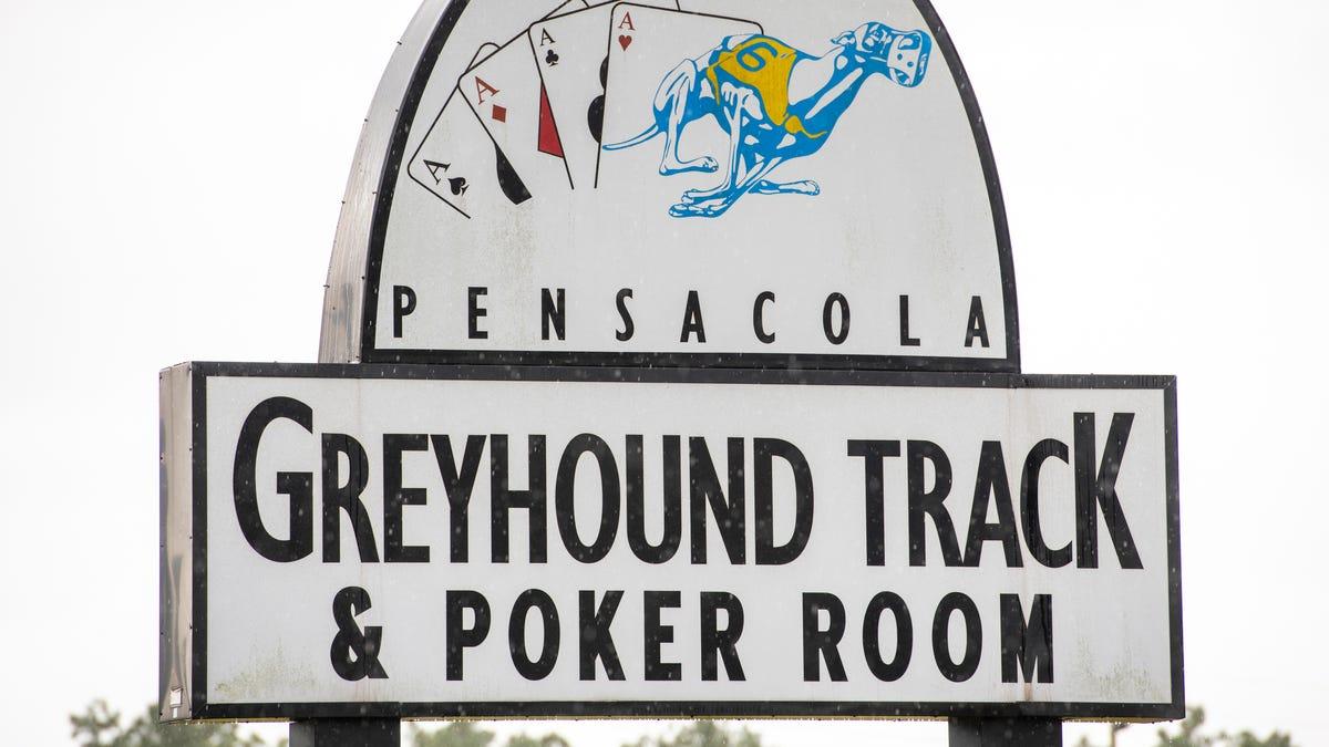Pensacola Greyhound Track dan Ruang Poker untuk dipindahkan tetapi membutuhkan county OK